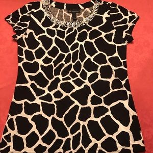 EUC I-N-C Black/White Beaded Short Sleeve Top- L